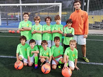 Equipo benjamin (B) de fútbol del CEV
