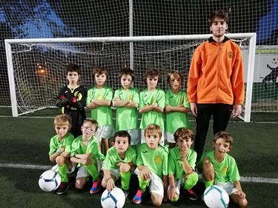 Equipo de menudets de fútbol del CEV