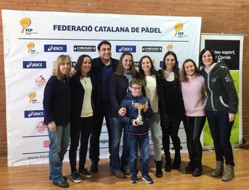 "Entrega Trofeo Campeonas de Liga División Honor ""A"""